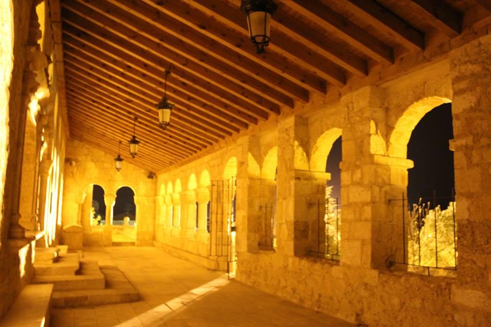 Interior del pórtico. Iglesia de San Esteban de Gormaz