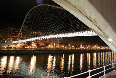 puente sobre la ría