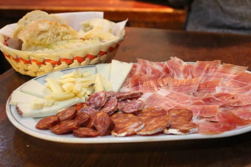 plato jamón de Teruel