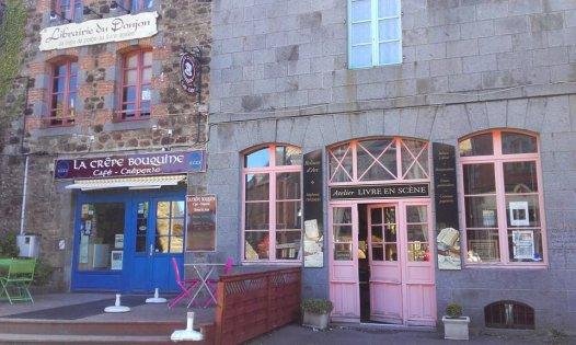 Creperia y libreria