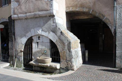 fuente arco