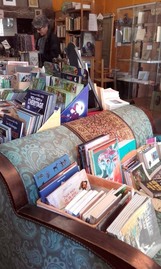 interior libreria